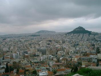 アクロポリスからの眺望 (画面右側にはアテネで一番高い「リカビトスの丘」が観えます)